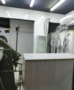 للبيع  مغسلة ملابس -