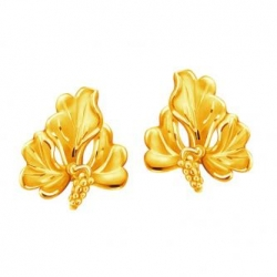 Gift Earrings this Chinese New Year Poh kong